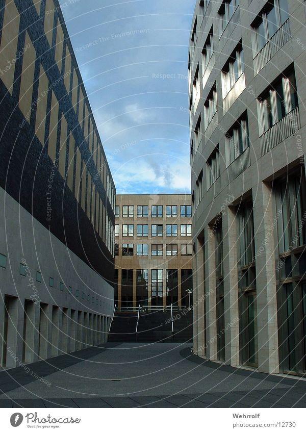 Häuserschlucht Haus Architektur Düsseldorf Schlucht