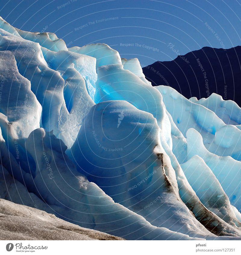 el Hielo Patagónico Himmel Ferien & Urlaub & Reisen blau schön Wasser Einsamkeit Landschaft ruhig Winter schwarz kalt Berge u. Gebirge Schnee Eis Wachstum