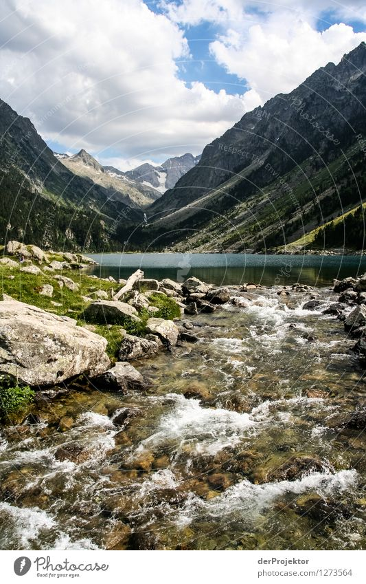 Pyrenäen-Wanderweg 22 Natur Ferien & Urlaub & Reisen Pflanze Sommer Landschaft Ferne Berge u. Gebirge Umwelt Gefühle Schnee Freiheit See Felsen Zufriedenheit