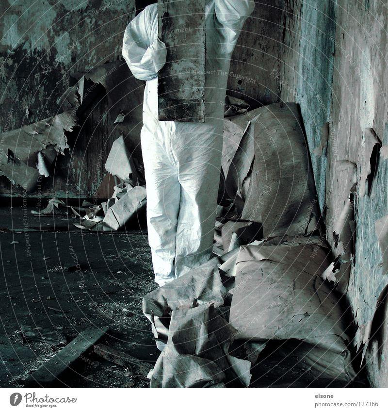 ::DIRTY:: vorwärts kaputt Holz Tapete grau Mauer Wand verfallen Kunst Kultur Mensch Holzbrett Raum room dreckig trashig alt Einsamkeit Typ
