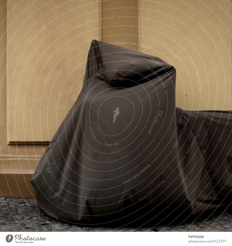 geisterstunde Elefant Umhang Tunnel Einfahrt Haus dunkel Abdeckung Rostschutzfarbe Backstein Ständer Garage verrotten überwintern schlafen Gebrauchtwagen obskur