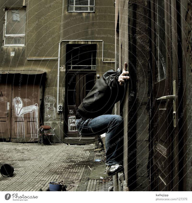 hallo frau nachbarin Mensch Himmel Mann Hand Stadt Haus Fenster Berge u. Gebirge Gefühle Berlin Architektur springen See Lampe Luft Linie