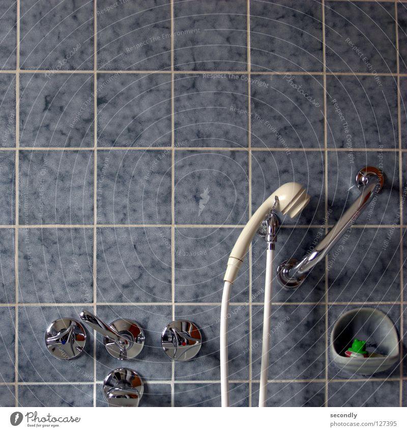 bade-frosch blau weiß Bad obskur Frosch Dusche (Installation) fließen Wasserhahn Rettungsring Duschkopf Stöpsel