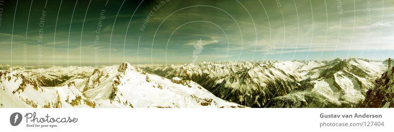 Die spitze vom ...berg! Himmel grün Sonne Landschaft Wolken kalt Berge u. Gebirge Schnee Stein Eis groß Spitze nass Niveau Alpen Panorama (Bildformat)