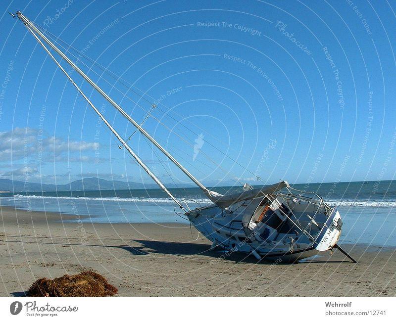 Strandgut 2 Wasser Strand Wasserfahrzeug USA Segelboot Kalifornien Pazifik Strandgut