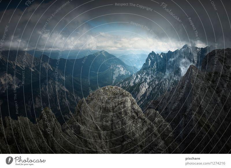 Xeis Natur Landschaft Wolken Gewitterwolken schlechtes Wetter Berge u. Gebirge bedrohlich dunkel Abenteuer Nationalpark Gesäuse Österreich Farbfoto