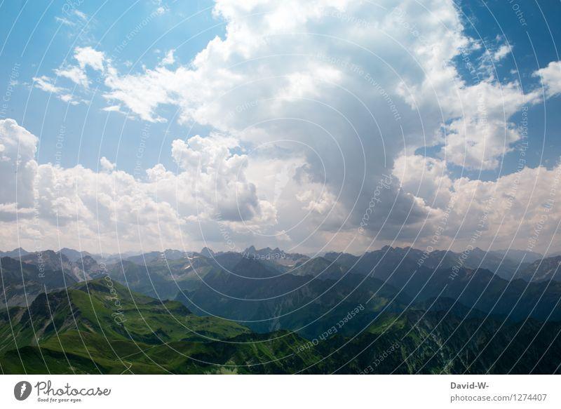 Berge weit und breit Umwelt Natur Landschaft Luft Himmel Wolken Sonnenlicht Sommer Klimawandel Wetter Schönes Wetter Hügel Felsen Alpen Berge u. Gebirge Gipfel