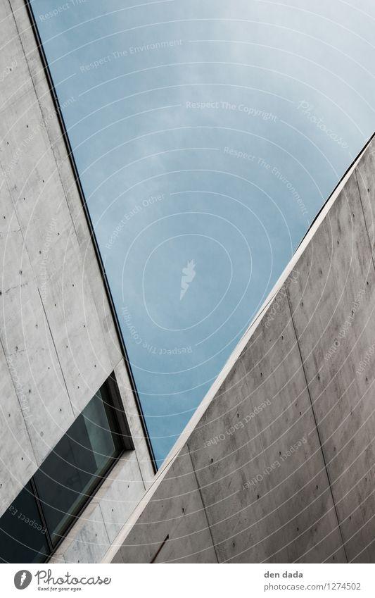 """urban letter """"V"""" Stadt blau Fenster kalt Wand Architektur Berlin Mauer grau Stein Fassade Design Zufriedenheit Ordnung modern Hochhaus"""