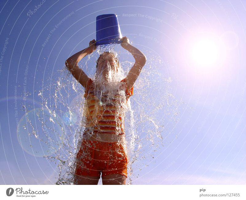 anna nass Mensch Frau Himmel Ferien & Urlaub & Reisen blau Sommer Wasser Sonne Hand Erholung Freude kalt Wärme lustig feminin Spielen