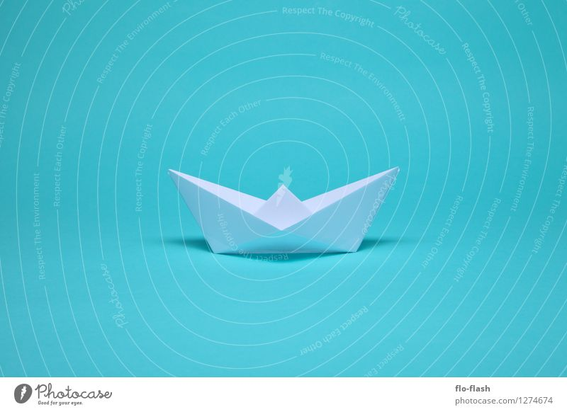 SCHÖNE FALTEN // ORIGAMI blau Sommer weiß Stil Schwimmen & Baden Kunst Wasserfahrzeug Design elegant Papier Sehnsucht Fernweh trendy türkis Schifffahrt Sommerurlaub