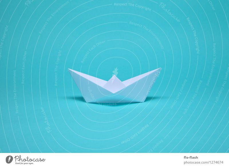 SCHÖNE FALTEN // ORIGAMI elegant Stil Design Sommer Sommerurlaub Segeln Kapitän Kunst Kunstwerk Skulptur Schifffahrt Bootsfahrt Fischerboot Motorboot Segelboot