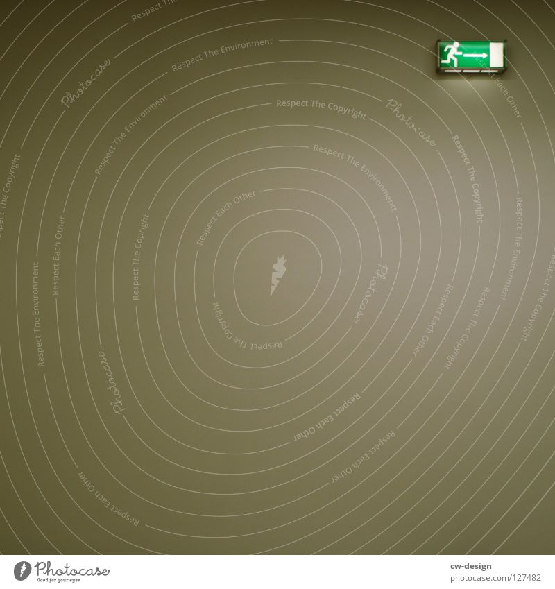 RUN AWAY II Wand Hintergrundbild Hinweisschild Richtung Flucht Ausgang Orientierung rechts Piktogramm minimalistisch Ausweg Beleuchtungselement Strichmännchen
