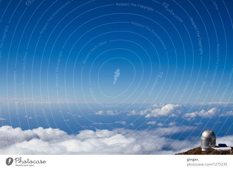 Wolkenkuckucksheim für Sternengucker Landschaft Erde Luft Wasser Himmel Horizont Frühling Schönes Wetter Berge u. Gebirge Gipfel blau braun silber weiß
