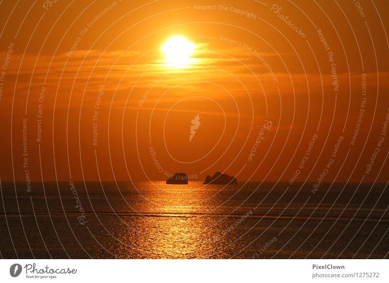 Sonnenuntergang Ferien & Urlaub & Reisen schön Wasser Meer Landschaft ruhig Gefühle Stil Schwimmen & Baden Lifestyle Stimmung orange träumen Tourismus Insel