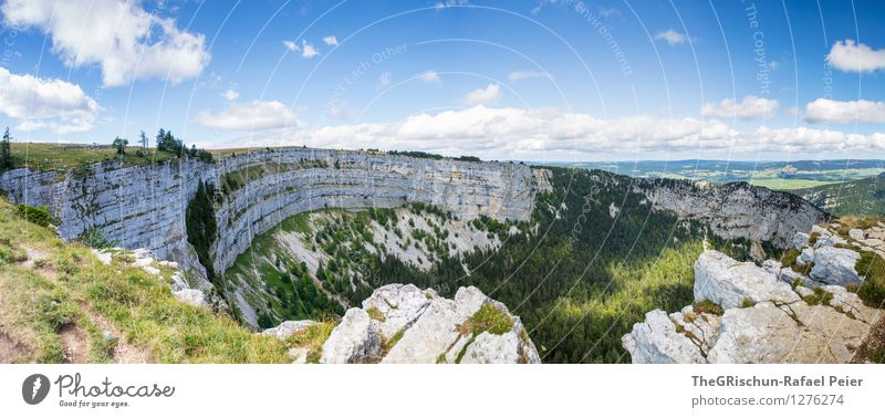 Schweizer Grand Canyon Umwelt Natur Landschaft Pflanze Erde Himmel Wolken blau braun mehrfarbig grau grün schwarz weiß Ferne creux du van Panorama (Bildformat)
