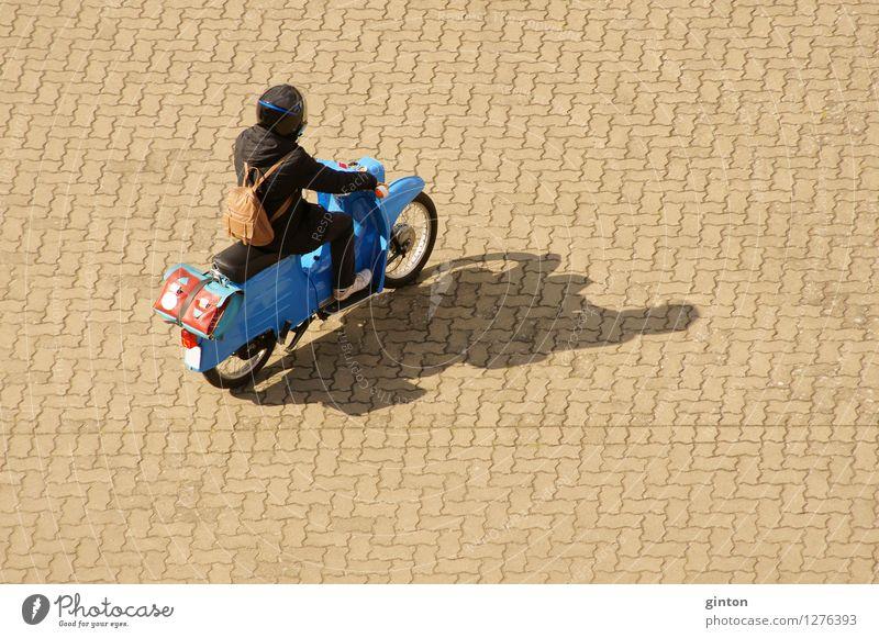Kleinkraftrad Maschine Motor Fahrzeug Oldtimer Kleinmotorrad Tasche Helm alt Bewegung Nostalgie Roller DDR Schwalben Ledertasche Schulmappe gepflegt Fahrer