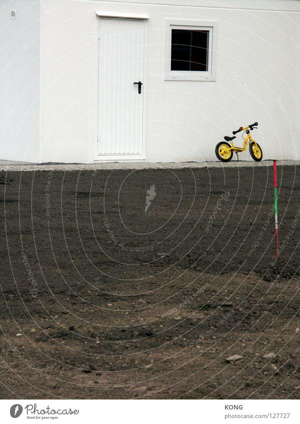 hells angels weiß Einsamkeit Bewegung Erde Fahrrad Freizeit & Hobby dreckig warten trist parken Garage Mountainbike Kinderfahrrad