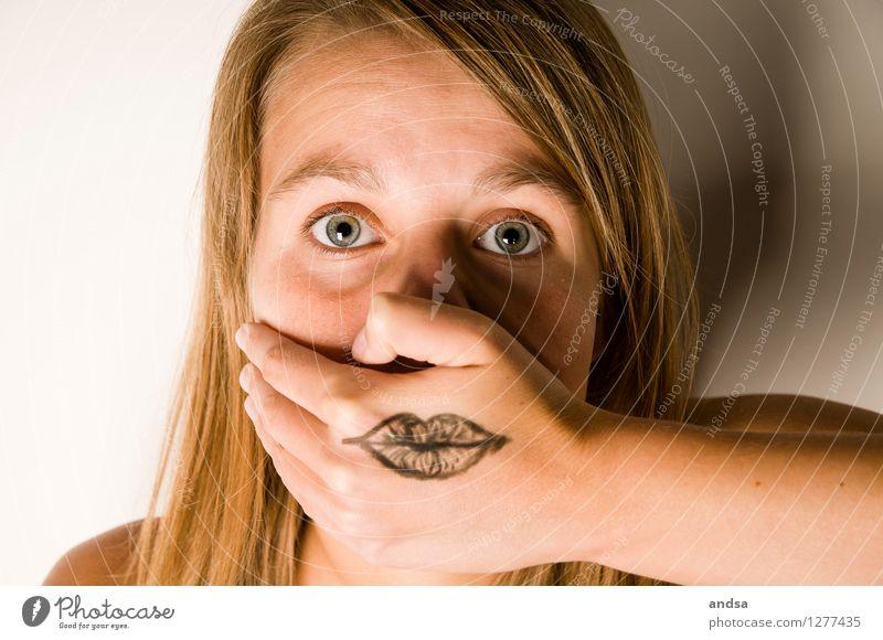 Besser nicht reden. Haare & Frisuren Haut Gesicht Mensch feminin Junge Frau Jugendliche Erwachsene 1 13-18 Jahre 18-30 Jahre brünett langhaarig Kraft