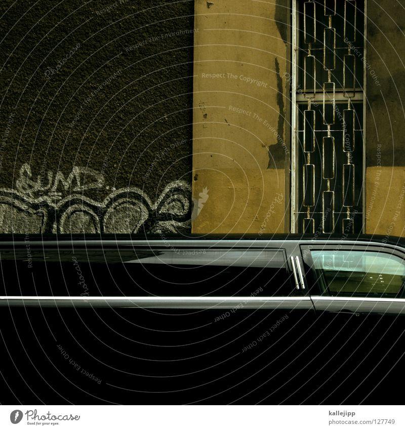 ... and on Stadt Ferien & Urlaub & Reisen schwarz Umwelt Graffiti Glück PKW Feste & Feiern Arbeit & Erwerbstätigkeit Erfolg Macht Show Güterverkehr & Logistik
