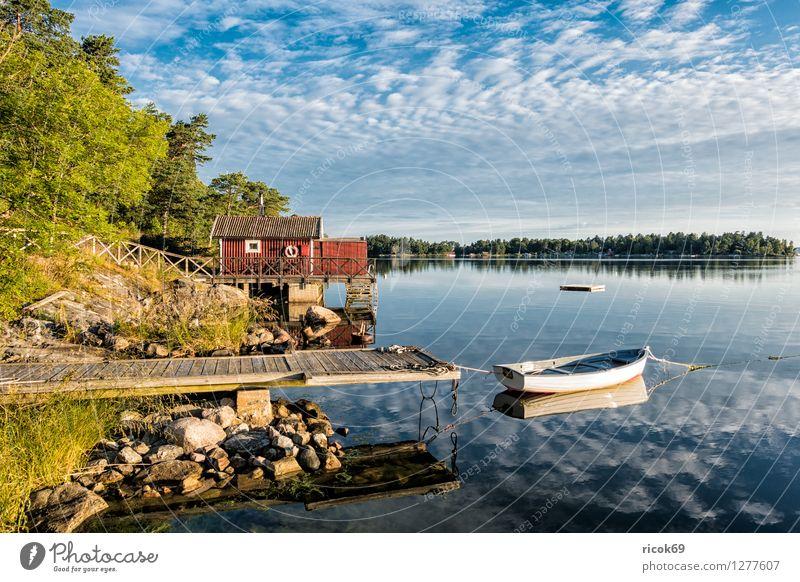 Schären an der schwedischen Küste Erholung Ferien & Urlaub & Reisen Tourismus Insel Natur Landschaft Wolken Baum Ostsee Wasserfahrzeug blau grün Schweden