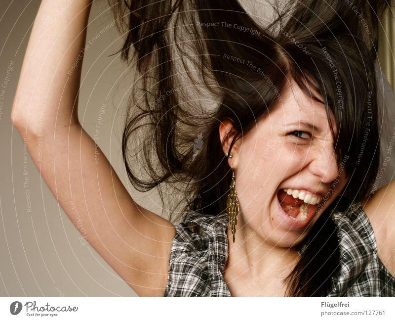 Das ist ja zum Haare raufen! 2 Frau Mensch Jugendliche blau weiß Erwachsene Gesicht Gefühle Haare & Frisuren Traurigkeit braun Kraft gold Arme Aktion Zähne