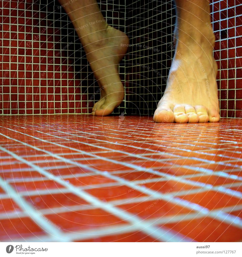 Die Spiele sind eröffnet rot Fuß Beginn Ecke Bad Fliesen u. Kacheln Quadrat Leichtathletik Sprunggelenk