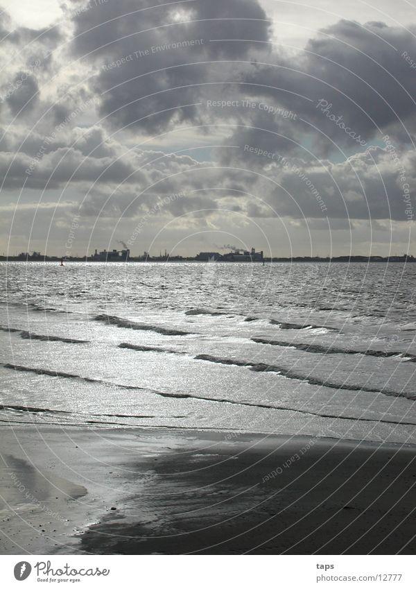 Ems Wasser Meer grau Wattenmeer Ebbe Schlick