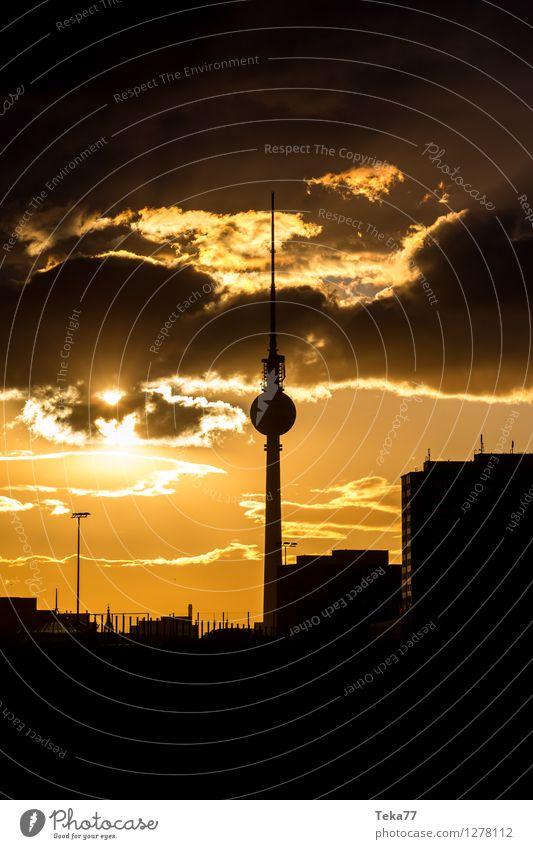 Berlinerabend 2 Ferien & Urlaub & Reisen Sommer Fernsehen Stadt Hauptstadt Stadtzentrum Skyline Platz Sehenswürdigkeit Wahrzeichen Tower (Luftfahrt) Abenteuer