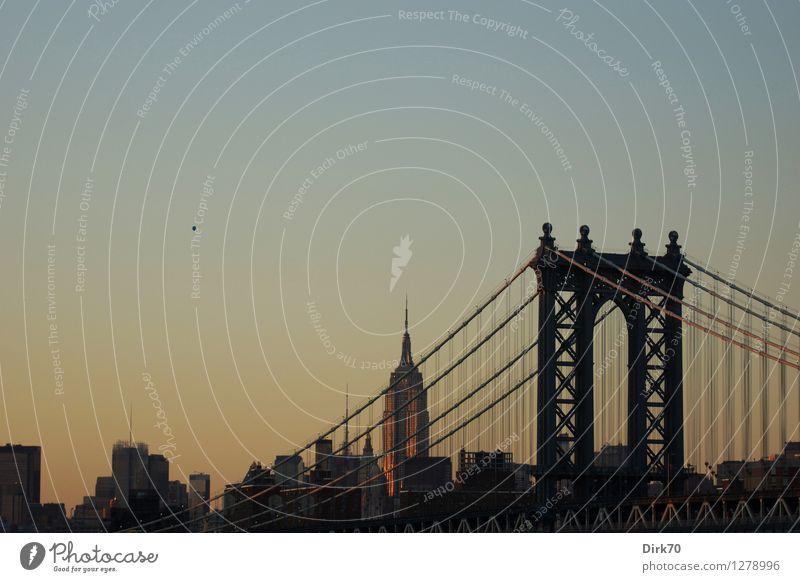 Big Apple abendlich Lifestyle exotisch Ferien & Urlaub & Reisen Ferne Städtereise Wolkenloser Himmel Sommer Schönes Wetter New York City Manhattan USA