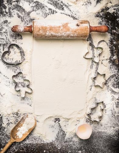 Weihnachtsplätzchen backen Weihnachten & Advent Stil Essen Hintergrundbild Holz Foodfotografie Feste & Feiern Lebensmittel Design Ernährung Tisch Herz