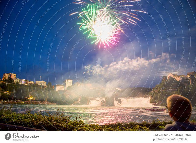 Feuerwerk 6 Kunst Künstler Kunstwerk Theaterschauspiel blau braun gelb grau grün violett rosa rot schwarz Publikum atraktion Rheinfall Wasserfall