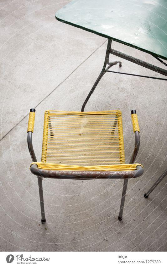 alter Klassiker grün Sommer gelb Stil Garten Lifestyle Wohnung Design Freizeit & Hobby Häusliches Leben Tisch retro Stuhl Möbel Balkon