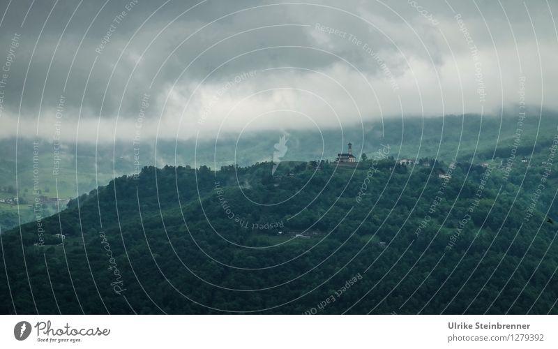 Dunstabzug Natur Ferien & Urlaub & Reisen grün Erholung Einsamkeit Landschaft ruhig Wolken dunkel Wald Berge u. Gebirge Umwelt Frühling natürlich Gebäude Tourismus