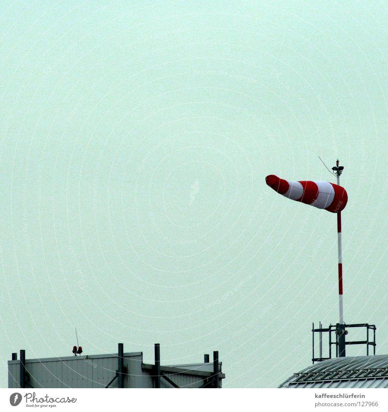Windding blau grau Luftverkehr Dach Leidenschaft gestreift horizontal Sturm Tornado Windrichtung