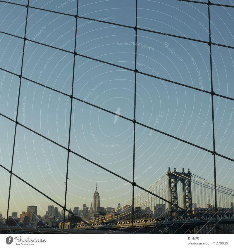 New York im Netz Stadt Sommer Wärme Stil Lifestyle Freiheit Linie Tourismus elegant Verkehr modern Hochhaus ästhetisch retro einzigartig Brücke
