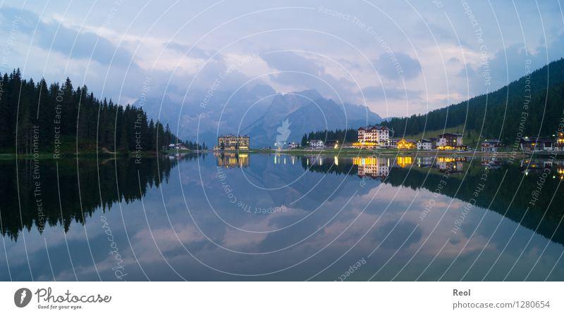 Zweigeteilt Ferien & Urlaub & Reisen Tourismus Ferne Umwelt Natur Landschaft Urelemente Wasser Wolken Wald Felsen Alpen Berge u. Gebirge Dolomiten Gipfel See