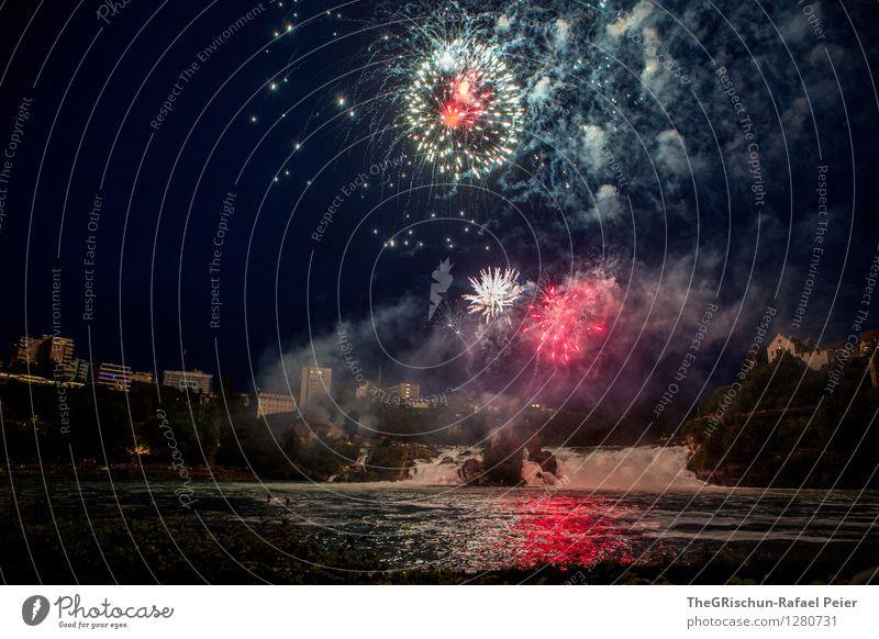 Feuerwerk III Kunst violett orange schwarz silber weiß Pyrotechnik Explosion Knall hell fest Nationalfeiertag Rheinfall Wasserfall Reflexion & Spiegelung
