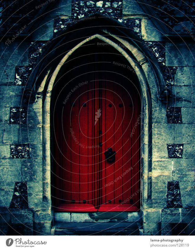 Heaven or Hell ? Tür Hölle Eingang Ausgang Zugang Himmelstor Tor offen geschlossen Schlüssel Mauer Gemäuer unheimlich Griff Torbogen Lebenslauf Gotteshäuser