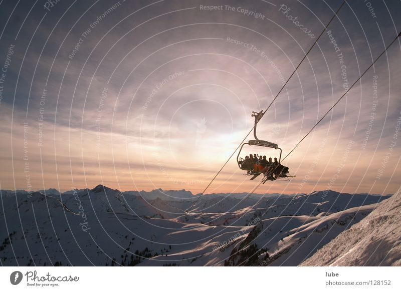 Sessellift Winter Berge u. Gebirge Skifahren Skifahrer Wintersport Sesselbahn Skilift
