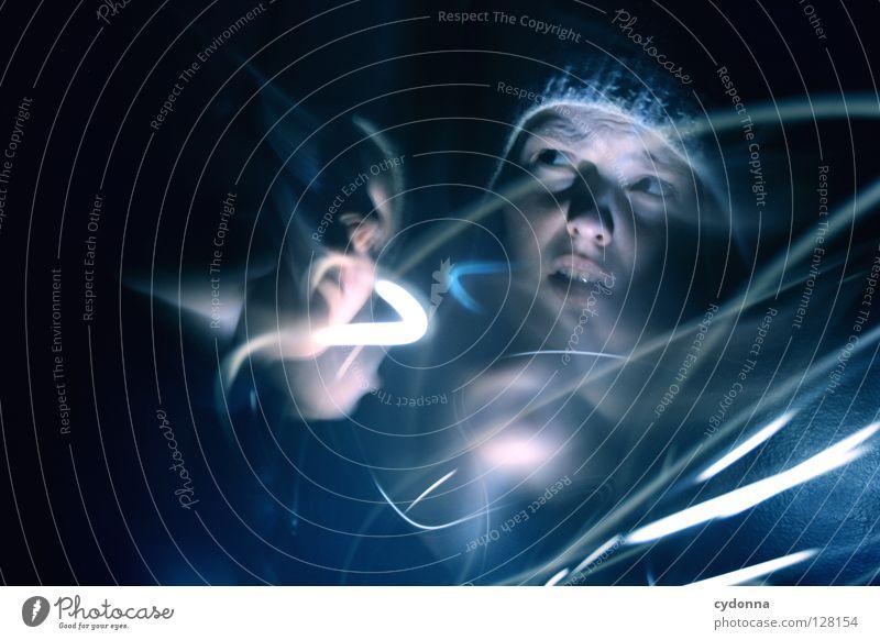 Geisterstunde II Frau Mensch Mädchen Einsamkeit Farbe Leben dunkel Gefühle Bewegung Erde Denken Angst Kraft Zeit stehen außergewöhnlich