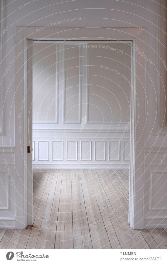 Interieur 1 alt weiß Farbe Wand Holz Innenarchitektur hell Tür Raum offen Wohnung rosa leer Perspektive Lifestyle Bodenbelag