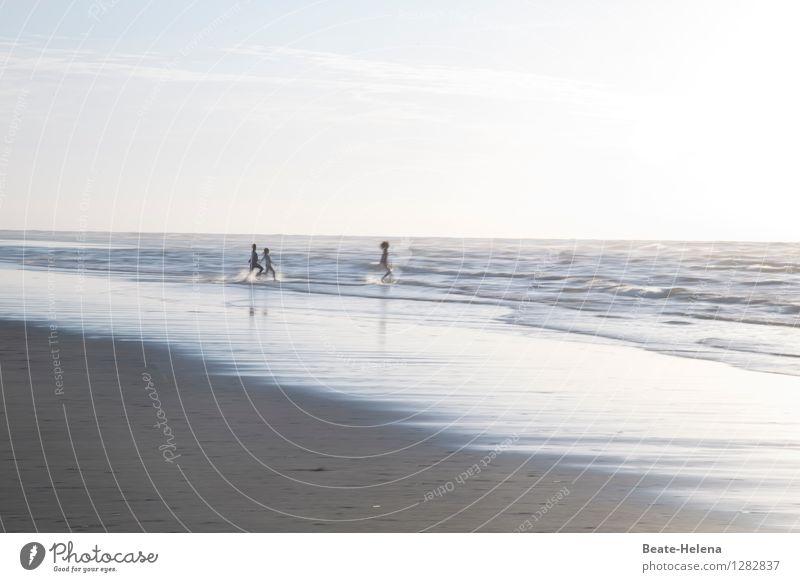 Sommerferien I/IV: erinnerst du dich noch daran, als wir ... Himmel Natur Ferien & Urlaub & Reisen blau Sonne Erholung Freude Ferne Bewegung Küste Sport Gesundheit grau Schwimmen & Baden braun Sand