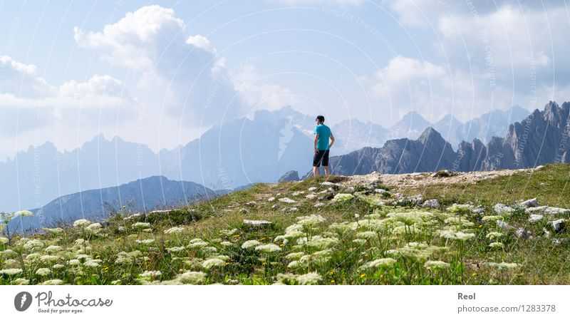 Wanderslust Himmel Natur Ferien & Urlaub & Reisen blau grün Sommer Landschaft Wolken Ferne Berge u. Gebirge Wiese Tourismus wandern Aussicht genießen Ausflug