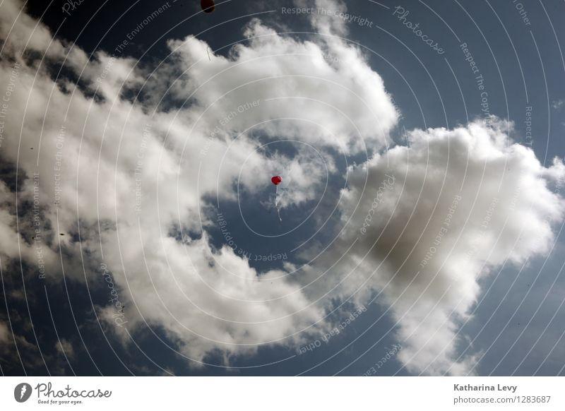 1 Jahrmarkt Hochzeit Geburtstag Umwelt Natur Urelemente Luft Himmel Wolken Wetter Schönes Wetter fliegen Ferne Unendlichkeit klein natürlich rund blau rot weiß
