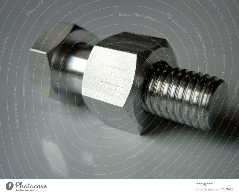 Schraube Werkzeug Aluminium Schlüssel Industrie zusammenbauen festschrauben Metall