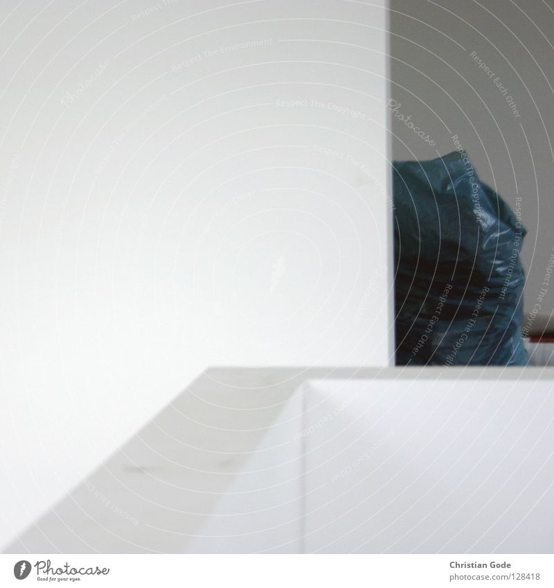 Hommage an Gregor Schneider alt weiß Farbe Ernährung Wand Architektur grau Stein Mauer Gebäude Raum Wohnung Treppe Beton Bodenbelag neu