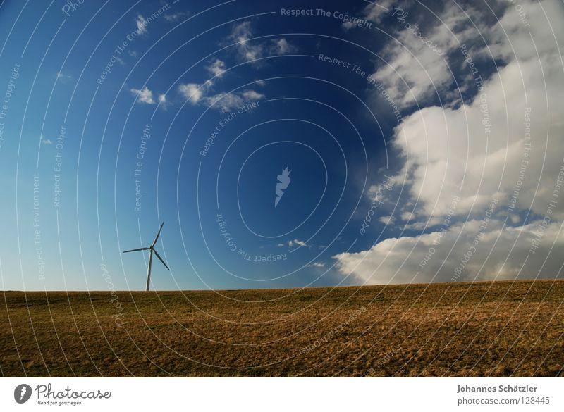 Gewitterfront Feld Regen Donnern Gras Landwirtschaft Windkraftanlage Wissenschaften Elektrizität Kraft Wolken Himmel Frühling Sommer Aussaat grün Polarisation