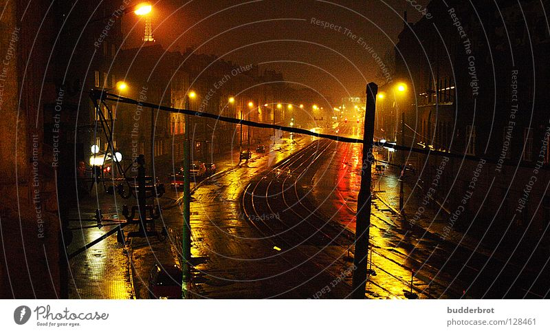 katowice - nacht Straße dunkel Regen Laterne Verkehrswege Schlesien Polen Hauptstraße Kattowitz