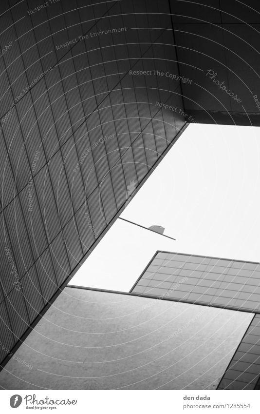 Potsdamer Platz Berlin Architektur Deutschland Hauptstadt Menschenleer Hochhaus Bankgebäude Gebäude Mauer Wand Fassade Zeichen ästhetisch Coolness dunkel eckig