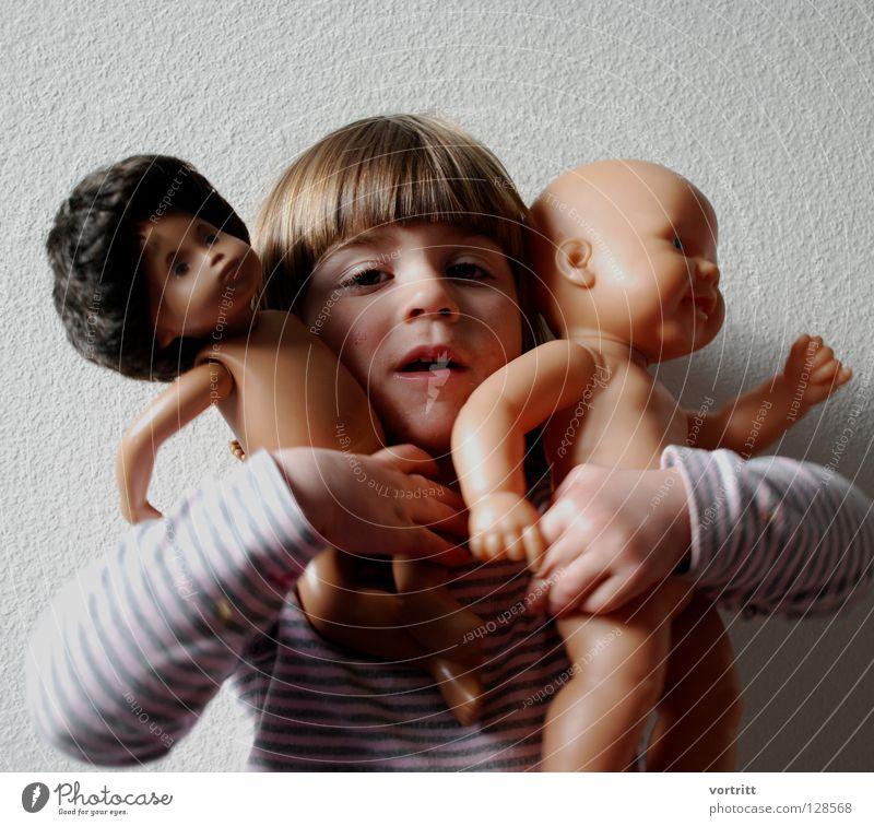 pupentheater VI Kind Mädchen Tier dunkel Wand Spielen grau Haare & Frisuren 2 hell Show festhalten Kleinkind Statue zeigen Versuch